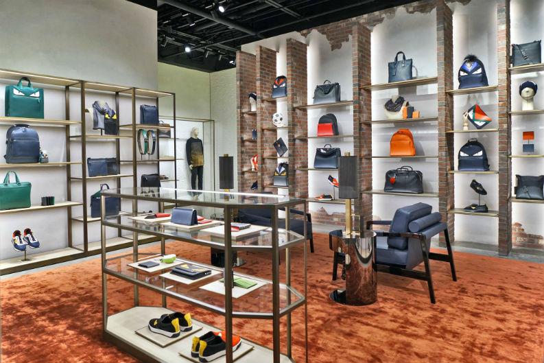Retail Design Luxury Brand Fendi Spoils Its VIP Clients in Miami retail design Retail Design: Luxury Brand Fendi Spoils Its VIP Clients in Miami Retail Design Luxury Brand Fendi Spoils Its VIP Clients in Miami
