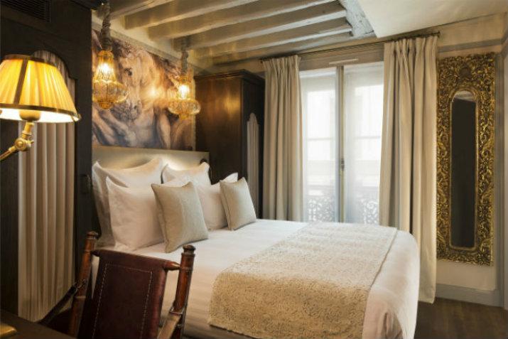 THE SUPERB INTERIORS OF THE HOTEL DA VINCI IN PARIS hotel da vinci THE  SUPERB INTERIORS OF THE HOTEL DA VINCI IN PARIS VOIR LES INT  RIEURS SUPERBES DH  TEL DA VINCI    PARIS3