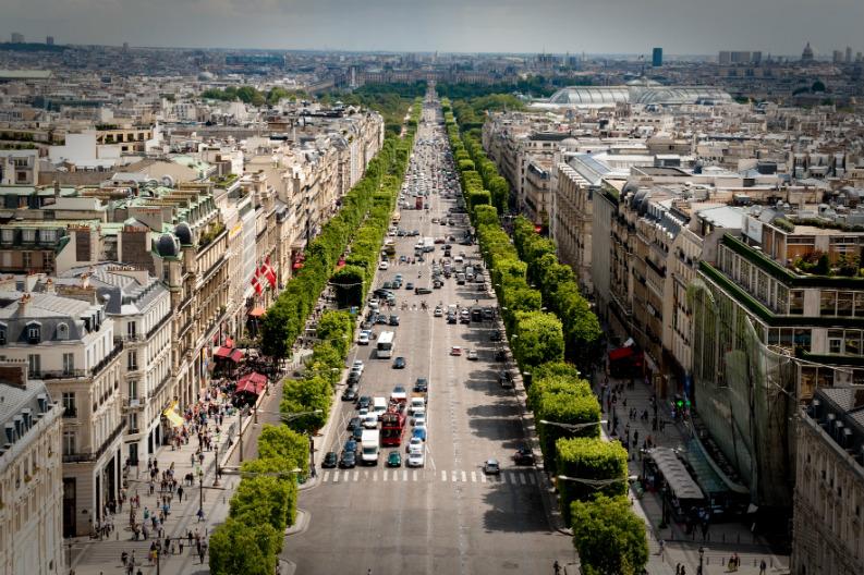 Maison Et Objet Paris 2017: What to see in Paris_avenue_des_champs-elysees maison et objet paris 2017 Everything You Need To Know About Maison Et Objet Paris 2017 Avenue des Champs   lys  es July 24 2009 N1