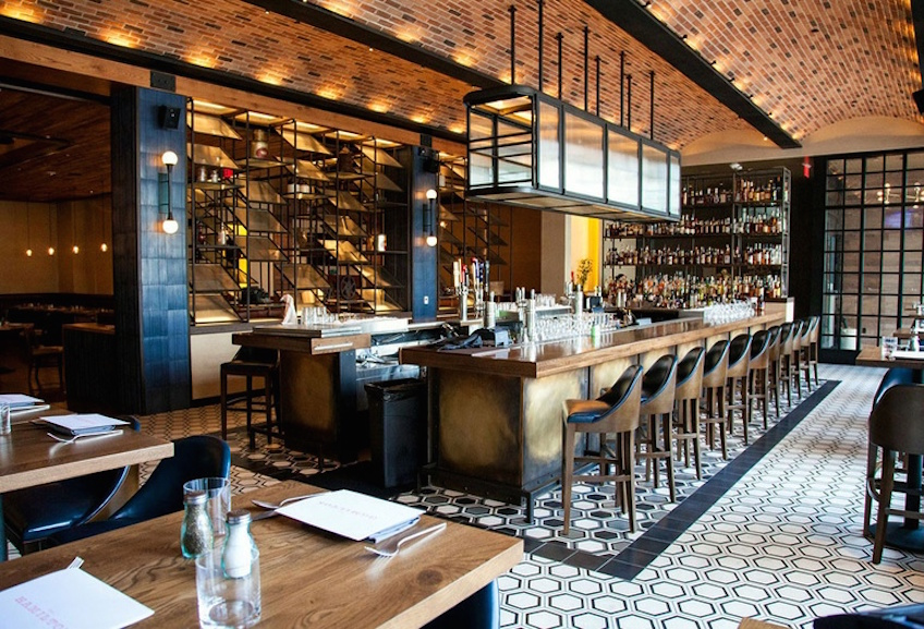 Amazing hospitality design tips for bar projects! hospitality design Amazing hospitality design tips for bar projects! A chic throwback bar at Hamilton Kitchen Bar