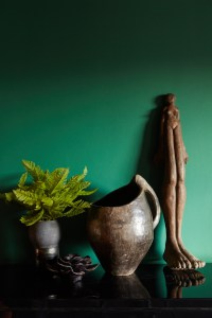 7 Striking Colors That Will Spice Up Your Living Room Interior Design! 7 Striking Colors That Will Spice Up Your Living Room Interior Design! 7 Striking Colors That Will Spice Up Your Living Room Interior Design! Mercer Green interiors