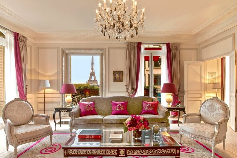Meet the 7 Best Hotels Suite Views In The World  best hotels Meet the 7 Best Hotels Suite Views In The World 5 ha tel plaza atha cna ce credit eric laignel 1493915405
