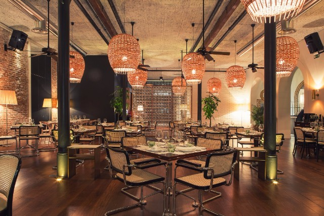 10 Incredible Restaurant Interior Design Projects Around The World #interiordesign #restaurantdesign #designinspiration  10 Incredible Restaurant Interior Design Projects Around The World flow porto