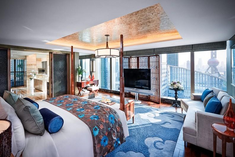 Meet the 7 Best Hotels Suite Views In The World  best hotels Meet the 7 Best Hotels Suite Views In The World mandarin hotel