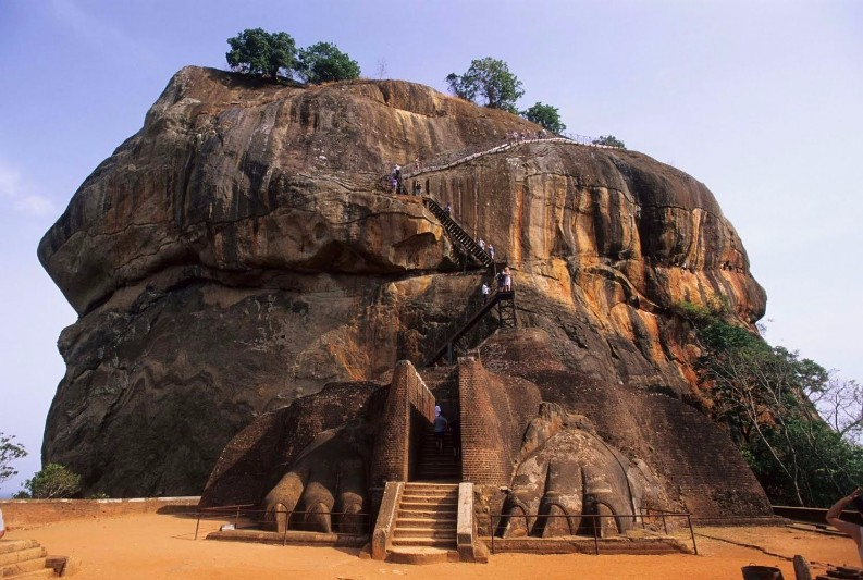 8 Dreamy Oldest Places To Visit Around the World This Summer places to visit 8 Dreamy Oldest Places To Visit Around the World This Summer sigiriya sri lanka