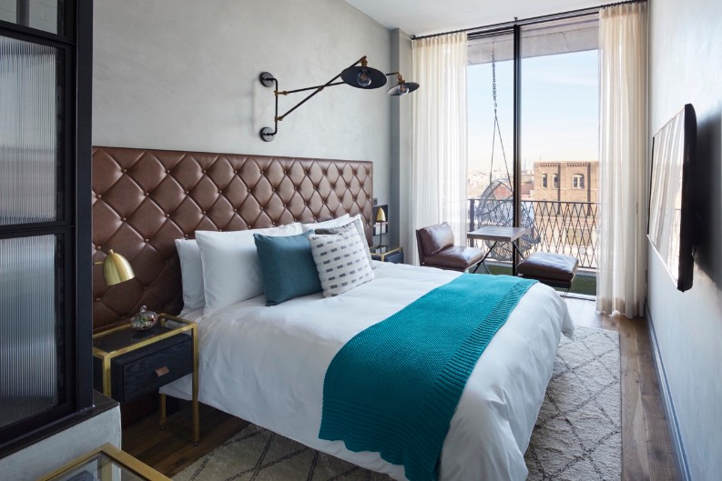 7 Retreats Of The Incredibly Modern Williamsburg  7 Retreats Of The Incredibly Modern Williamsburg Hotel Interior Design 7 Retreats Of The Incredibly Modern Williamsburg Hotel Interior Design williamsburg hotel room 2