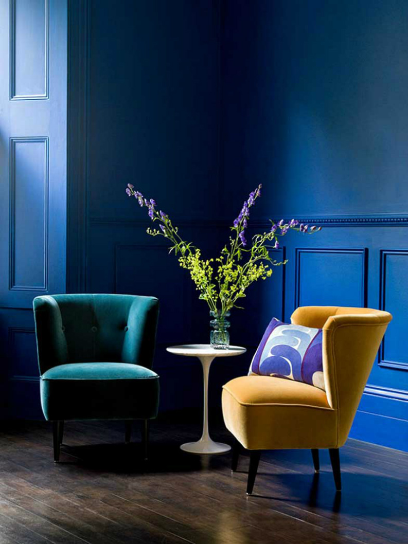 Bring the Fierceness: 7 Fashionable Designer Chairs that make a statement designer chairs Bring the Fierceness: 7 Fashionable Designer Chairs 10 Charming Velvet Modern Chairs You Will Not Resist 2