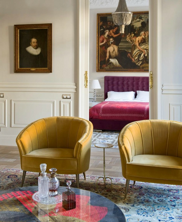 designer chairs Bring the Fierceness: 7 Fashionable Designer Chairs 7 Fashionable Designer Chairs that make a statement 9