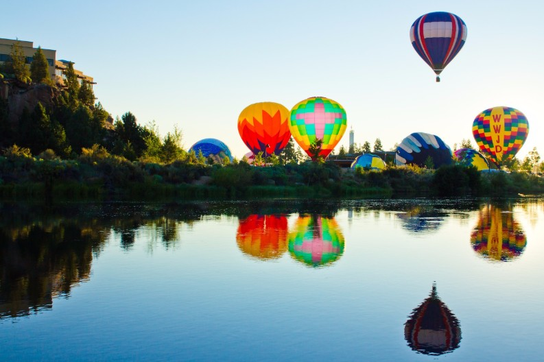 Top 10 Things To Do This Year In the Best Travel Destinations Best Travel Destinations Top 10 Things To Do This Year In the Best Travel Destinations bend