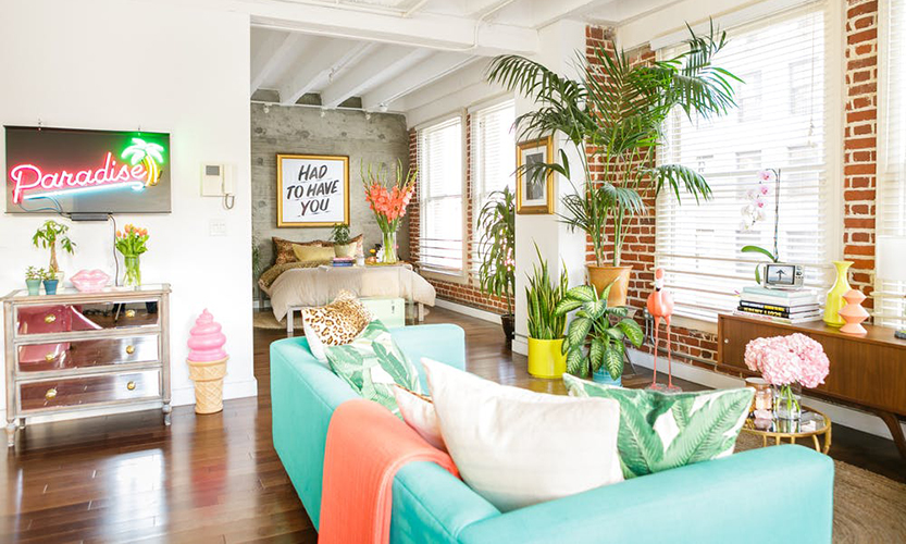 The tropical interior design of a Colourful Apartment in LA