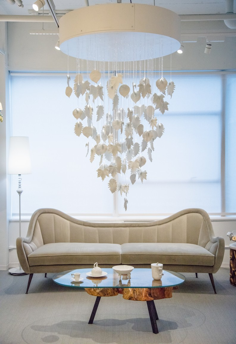living room ideas 6 Trendy Showrooms With the Best Living Room Ideas for 2018 llardo nyc 75