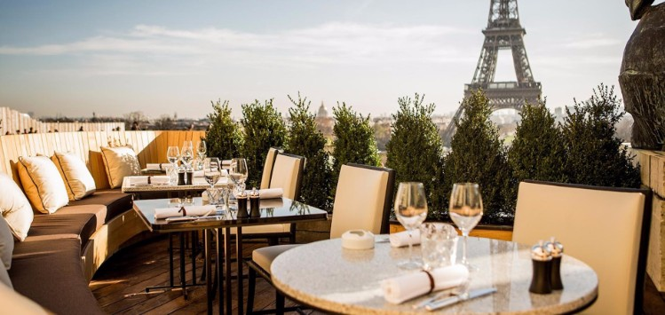 6 Stylish Spots to eat in Paris During Maison et Objet 2017. Places to eat. Best Restaurants. Maison et Objet 2017. #placestoeat #bestrestaurants #maisonetobjet Discover the best travel inspiration here: https://goo.gl/vvDZiy places to eat 6 Stylish Places to eat in Paris During Maison et Objet 2017 cafe de lhomme