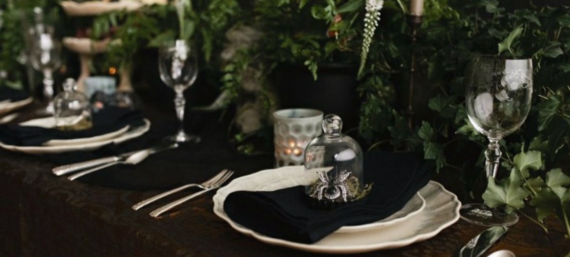 10 Halloween interior design tips that are both Chic and Spooky interior design tips 10 Halloween interior design tips that are both Chic and Spooky halloween table decorations capa