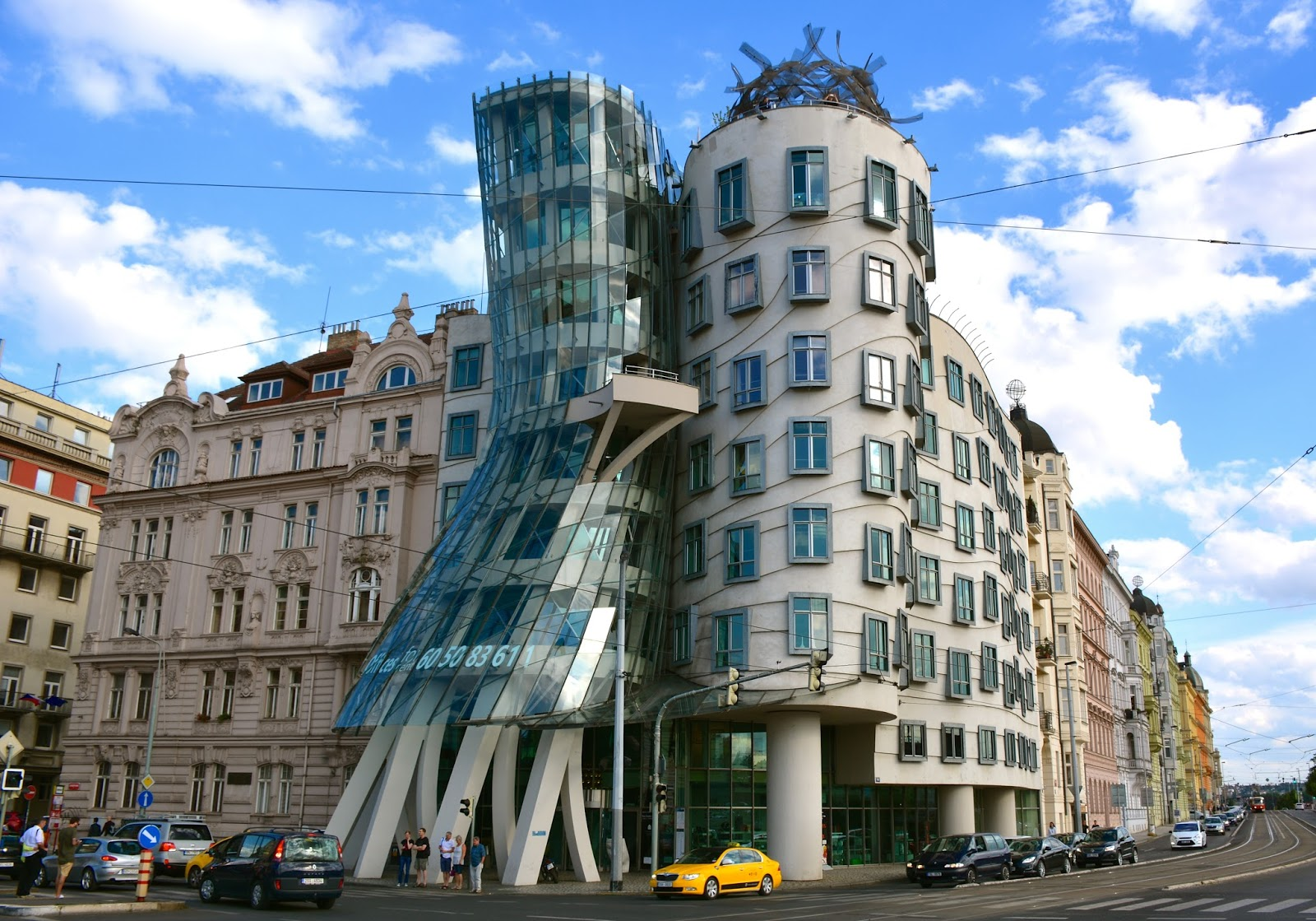 AD100: Top 10 Best Interior Design by Gehry frank gehry AD100: Top 10  Best Interior Design by Frank Gehry 4