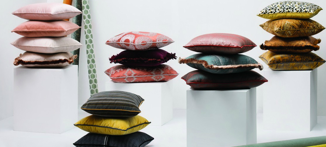 Pillow Collection Home Decor: The Latest Pillow Collection You Must Know pillow capa