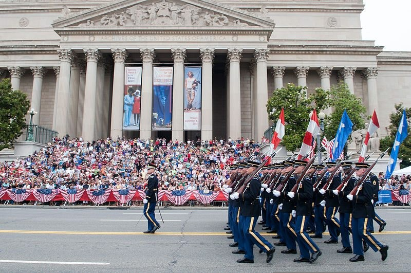 Memorial Day memorial day THE BEST WAYS TO CELEBRATE MEMORIAL DAY MEMORIAL DAY PARADE