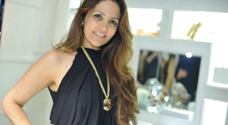 Interior Designer BRABBU Exclusive Interview With Interior Designer Adriana Scartaris Adriana Scartaris 750x410