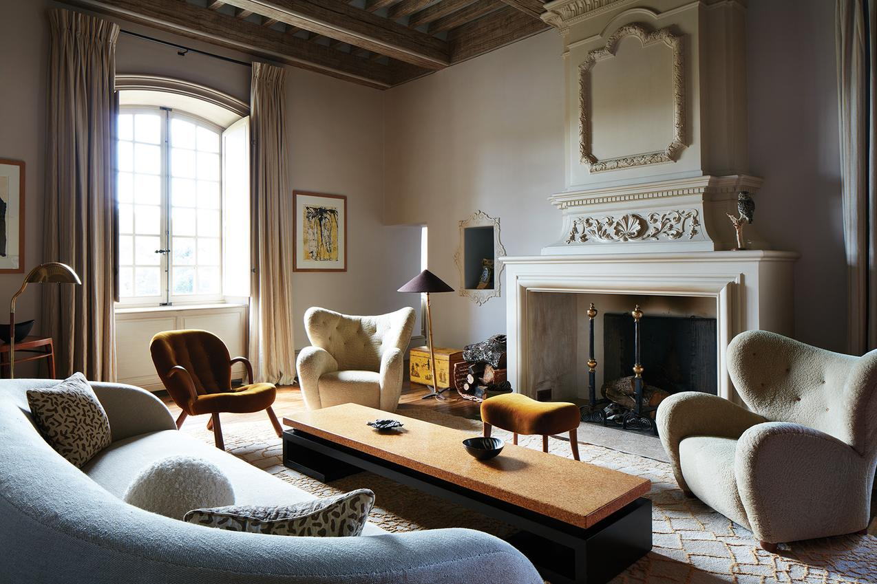 pierre yovanovitch Pierre Yovanovitch – Between Geometry and Modernity Chateau de Fabregue living room