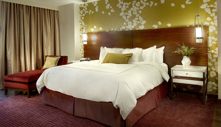 bdny Everything you need to know about BDNY suites 005 sml  opy