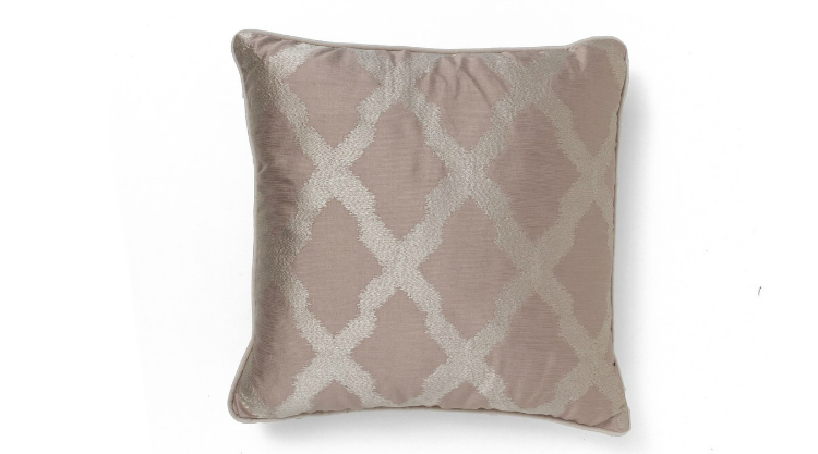 pillows classic The Pillows Classic Collection You'll Need for 2019 MOROCCO PINK CLASSIC