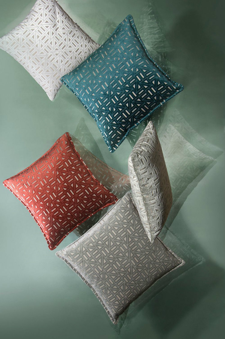 interior design trends Here are the Interior Design Trends for 2019! pillows clashing colors