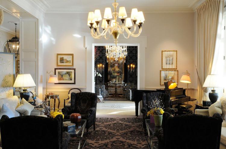 Interior design from paris to chicago pierre yves rochon - Top interior design firms chicago ...