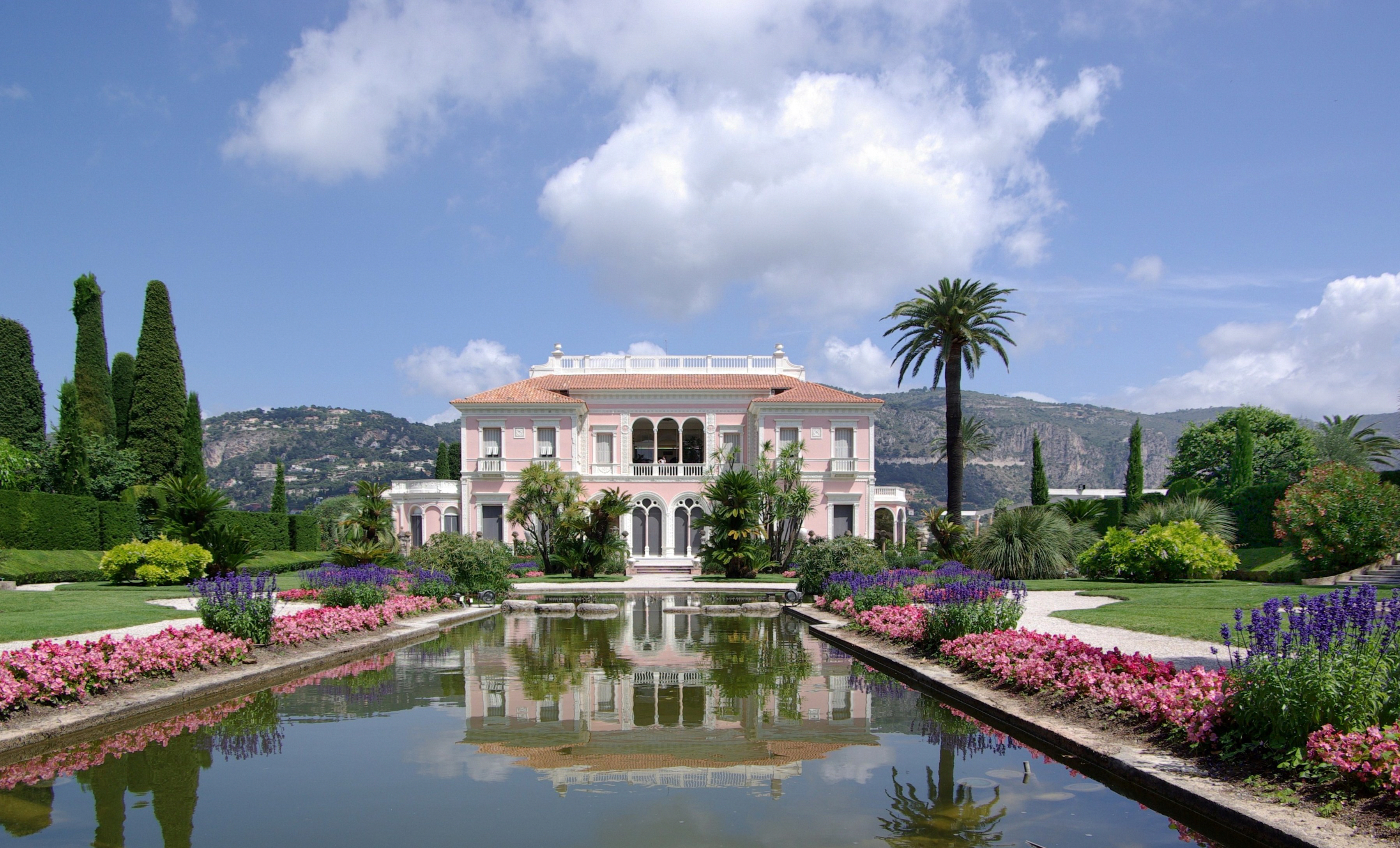villa 5 Villas to Discover in France Villa Ephrussi de Rothschild BW 2011 06 10 11 42 29a