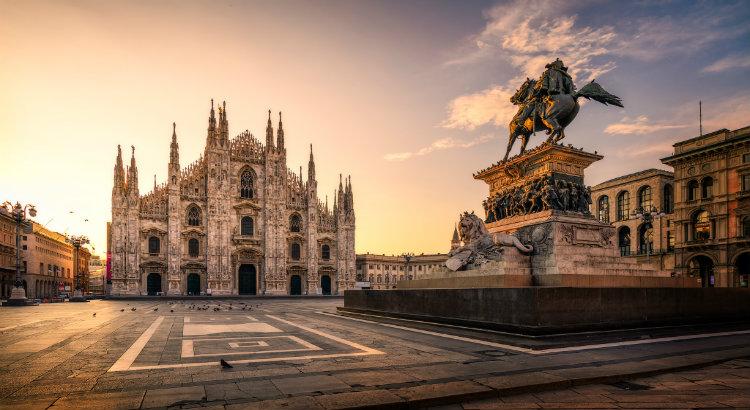 interior designers milan Top 20 Interior Designers Milan Piazza del Duomo Milano Italy sunrise