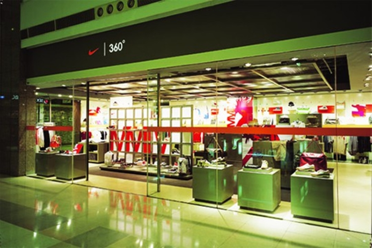 big red rooster Big Red Rooster: Innovation, Design and Envisioning Shanghai Gateway Prof 02 web