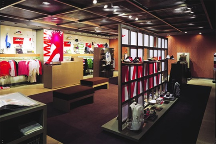 big red rooster Big Red Rooster: Innovation, Design and Envisioning Shanghai Gateway Prof 06 web