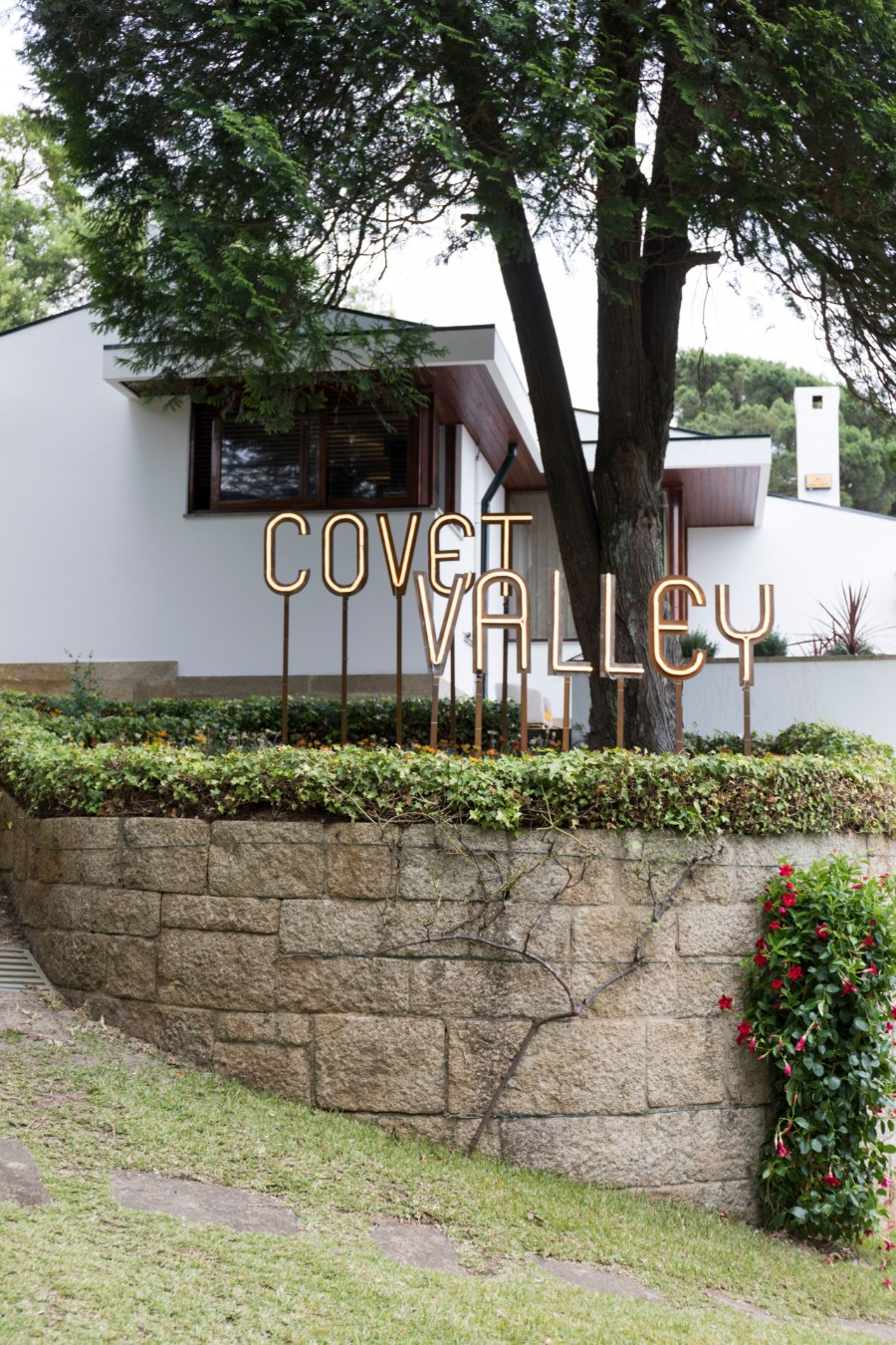 Covet Valley - Nostalgic Home in a Timeless Place covet valley Covet Valley – Nostalgic Home in a Timeless Place Covet Valley Nostalgic Home in a Timeless Place covet valley 1