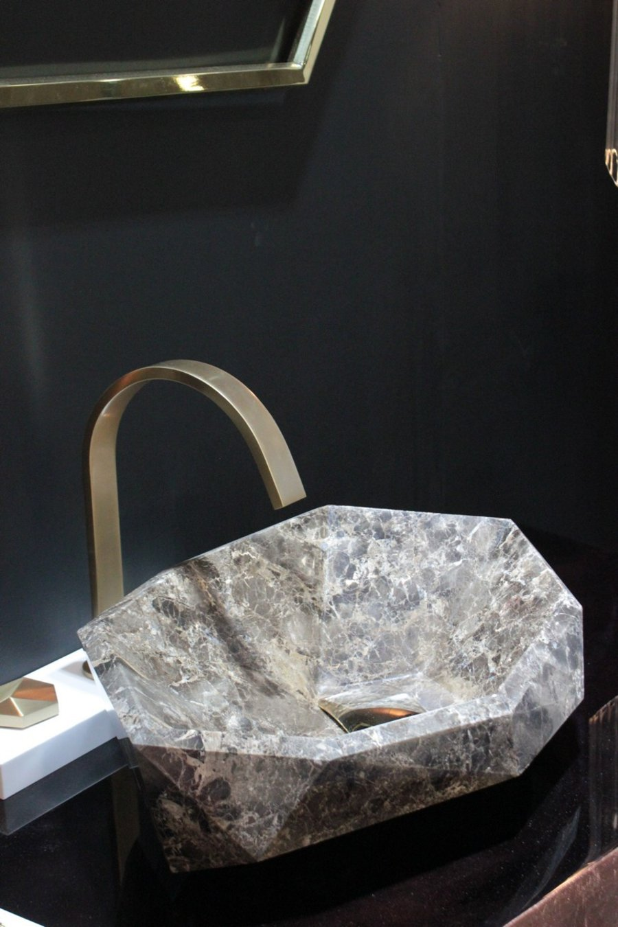 Cersaie 2019 - Highlights from the Luxury Bathroom Event cersaie 2019 Cersaie 2019 – Highlights from the Luxury Bathroom Event Cersaie 2019 Highlights from the Luxury Bathroom Event 7