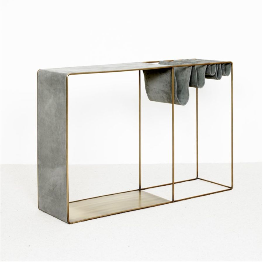 15 Console Tables You Need To Have For A Timeless Design console tables 15 Console Tables You Need To Have For A Timeless Design 15 Console Tables You Need To Have For A Timeless Design 14