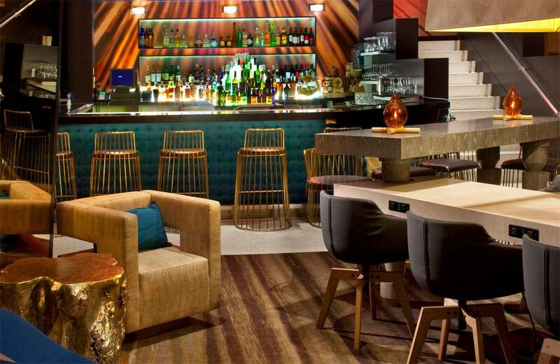 15 Stylish Bar Chairs That Will Dominate 2021 bar chairs 15 Stylish Bar Chairs That Will Dominate 2021 brides veil