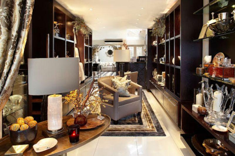 Showrooms in London