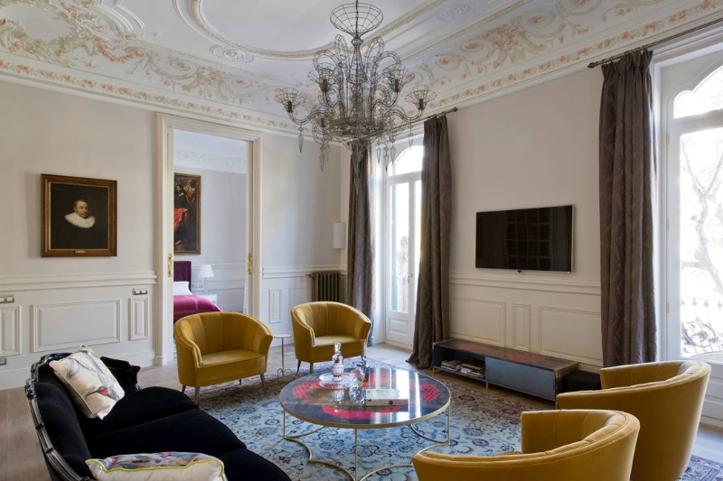 Top Inspiring Interior Design Projects in Barcelona barcelona Top Inspiring Interior Design Projects in Barcelona Art Apartment in Barcelona 2 HR 1
