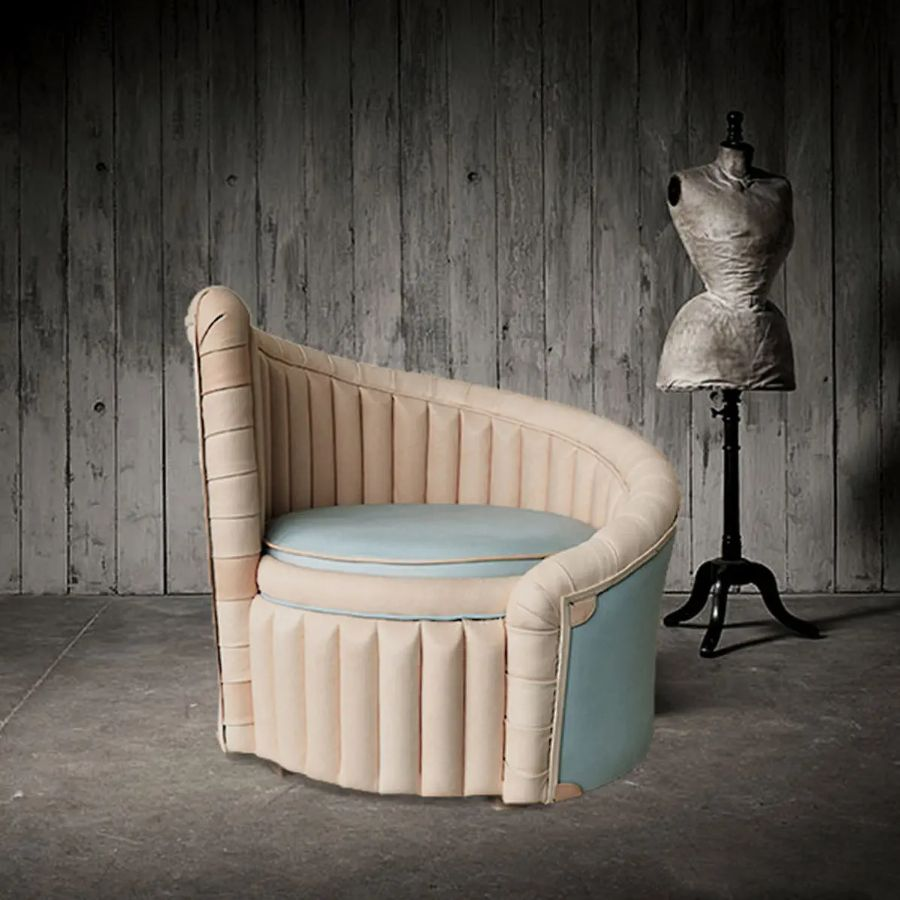 Upholstery Inspiration: 25 Armchairs That Will Leave You Breathless upholstery inspiration Upholstery Inspiration: 25 Armchairs That Will Leave You Breathless Upholstery Inspiration 25 Armchairs That Will Leave You Breathless 14