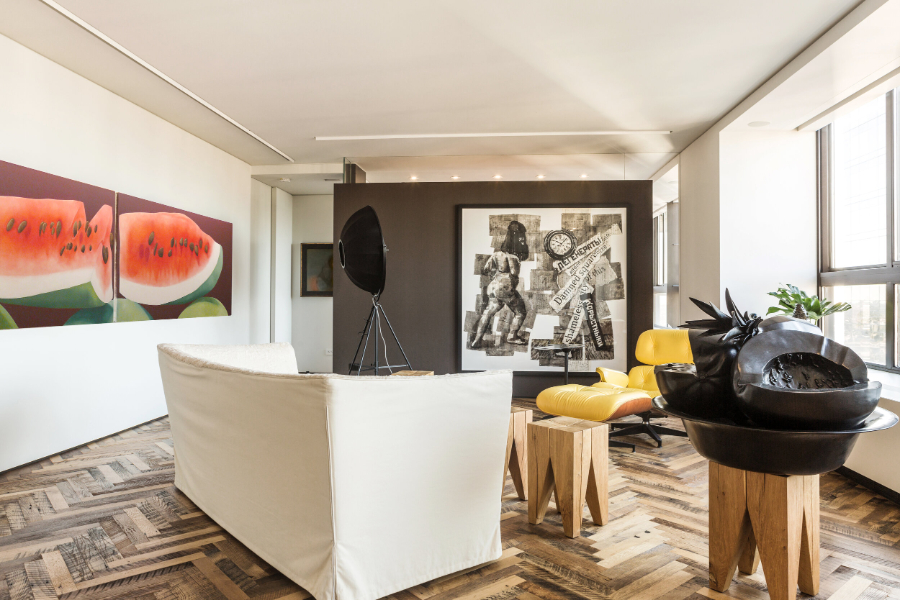 Beautiful Design Project by Leyden Lewis Design Studio leyden lewis design studio Beautiful Design Project by Leyden Lewis Design Studio Beautiful Design Project by Leyden Lewis Designs UN Plaza Residence
