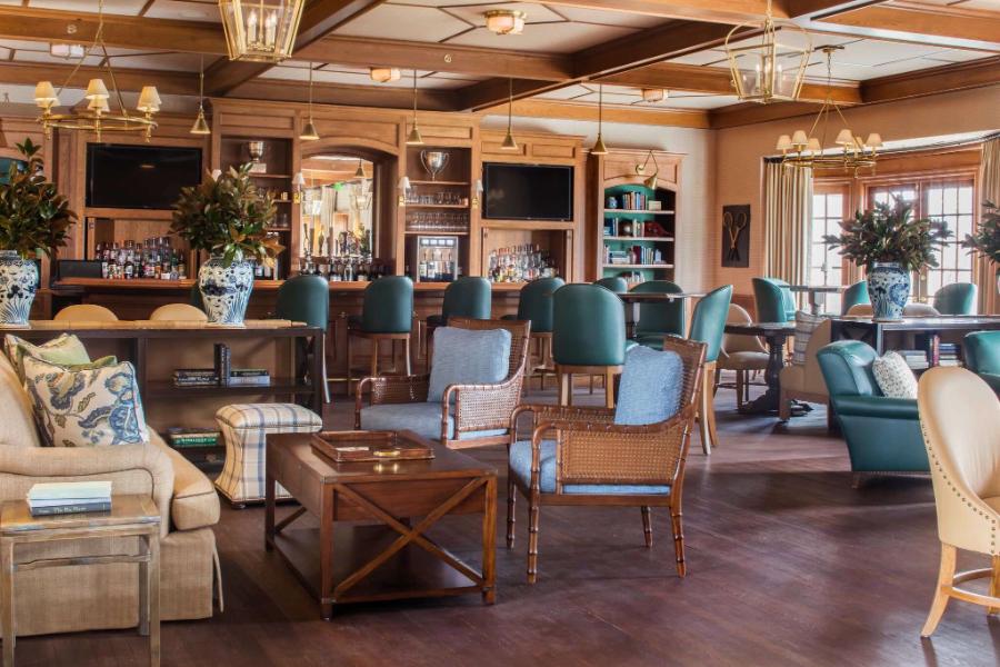 Kemble Interiors - High-End Interiors for High-End Clients kemble interiors Kemble Interiors – High-End Interiors for High-End Clients Kimble Interiors High End Interiors for High End Clients Country Club