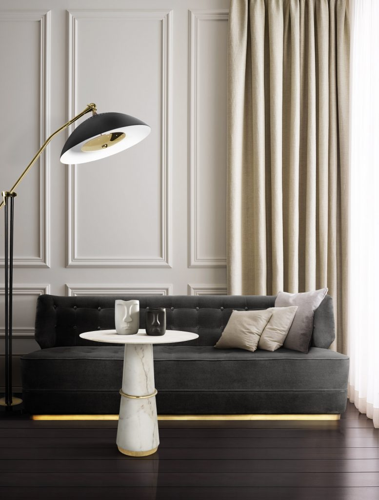 modern decor Room by Room Inspirations – Give Your Home a Modern Decor with BRABBU 10 This entryway counts with the BRYCE II Console complete with high gloss black lacquer and glossy gold leaf